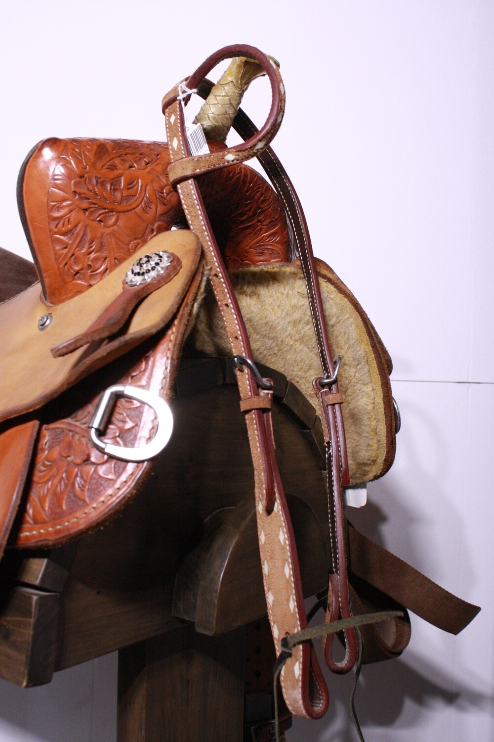 Light Brown Head Stall One Ear with Cream Leather Diamonds/Ties