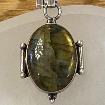 Sterling Silver Labradorite Pendant, Bali