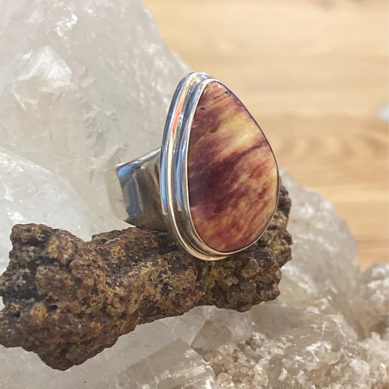 KI Spiny Oyster Shell 925 Ring, size 8