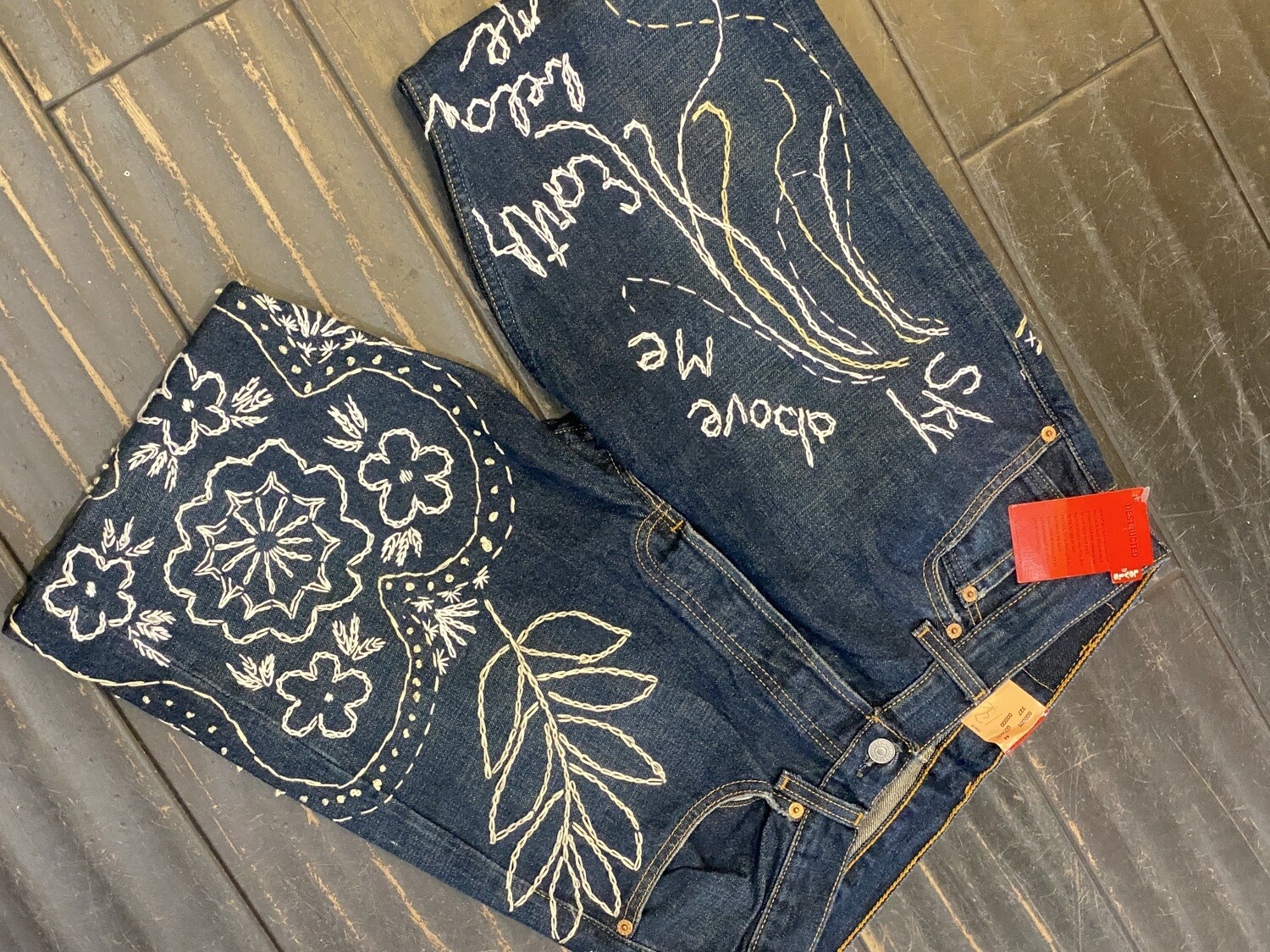 ESIAAM Levi's 501 Hand-Embroidered Jeans 32 x 32