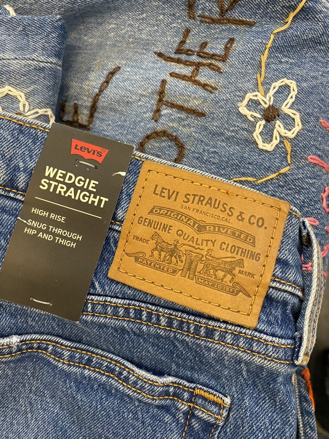 ESIAAM Levi's 501 Hand-Embroidered Jeans 31 Wedgie Straight