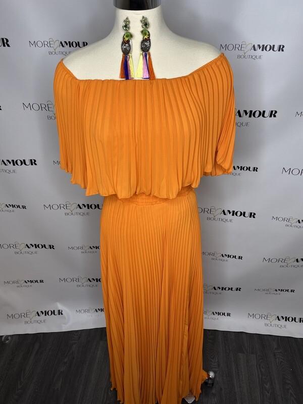 Gorgeous in orange maxi