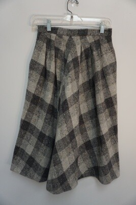 New Expressions Skirt Size 9/10