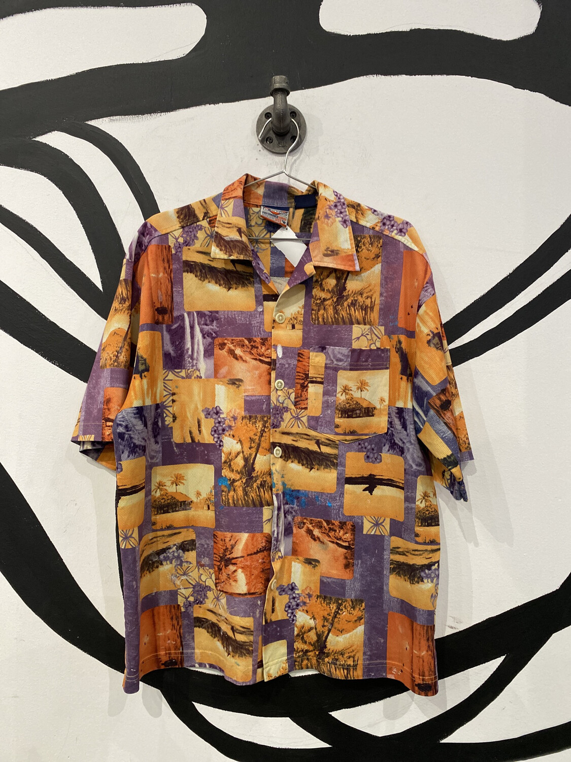 Vector Patterned Perforated Polyester Shirt Size M