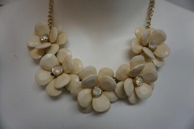 Cream Flower Necklace