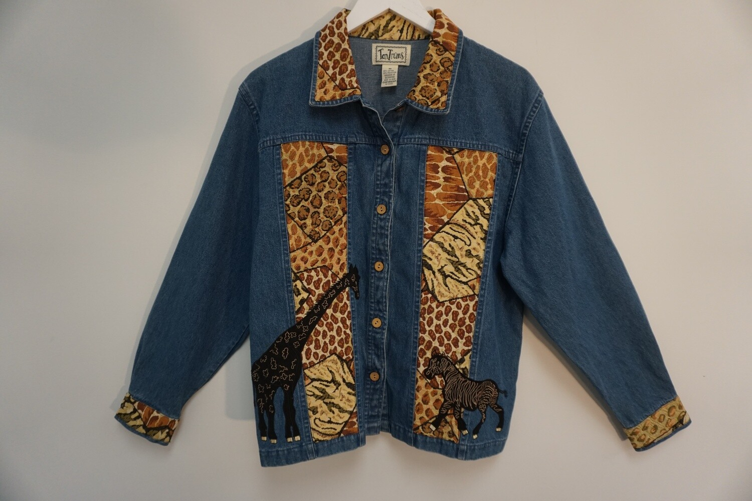 Light weight Animal Jacket Size Medium