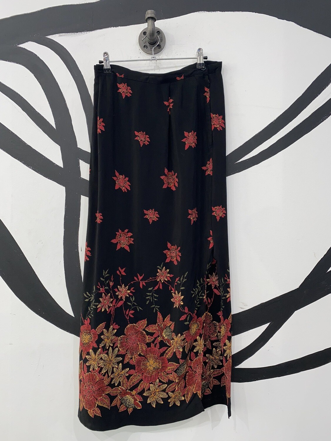Women's Long Floral Printed Skirt-Size 14