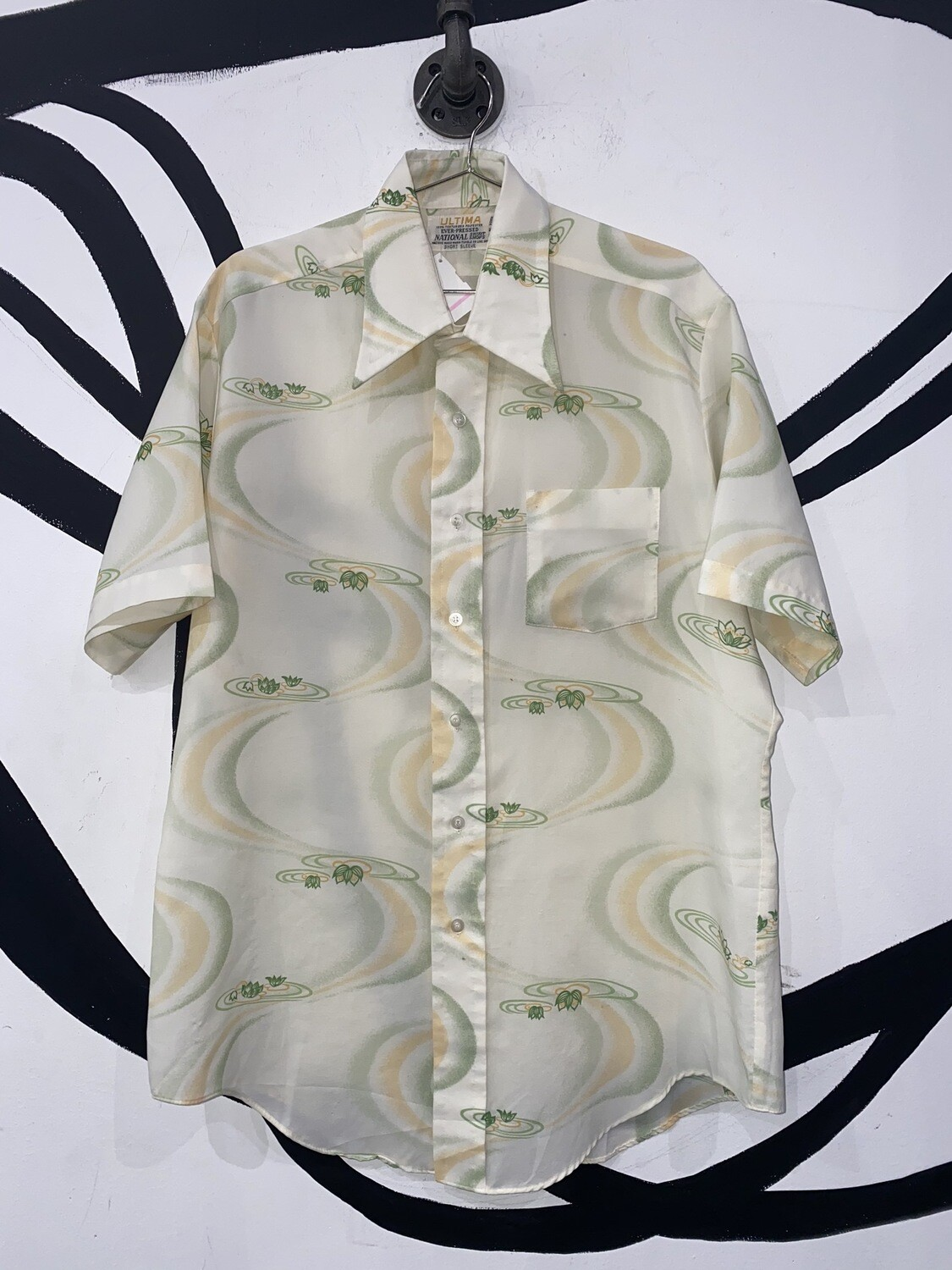 Men's 70's Collar Printed Button Up-Size Large