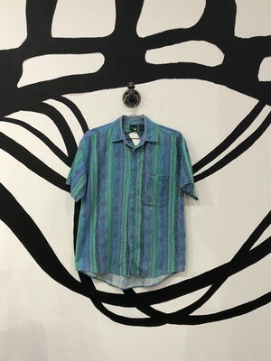 90s Wavy Vertical Patterned Short Sleeve Button Up Size L