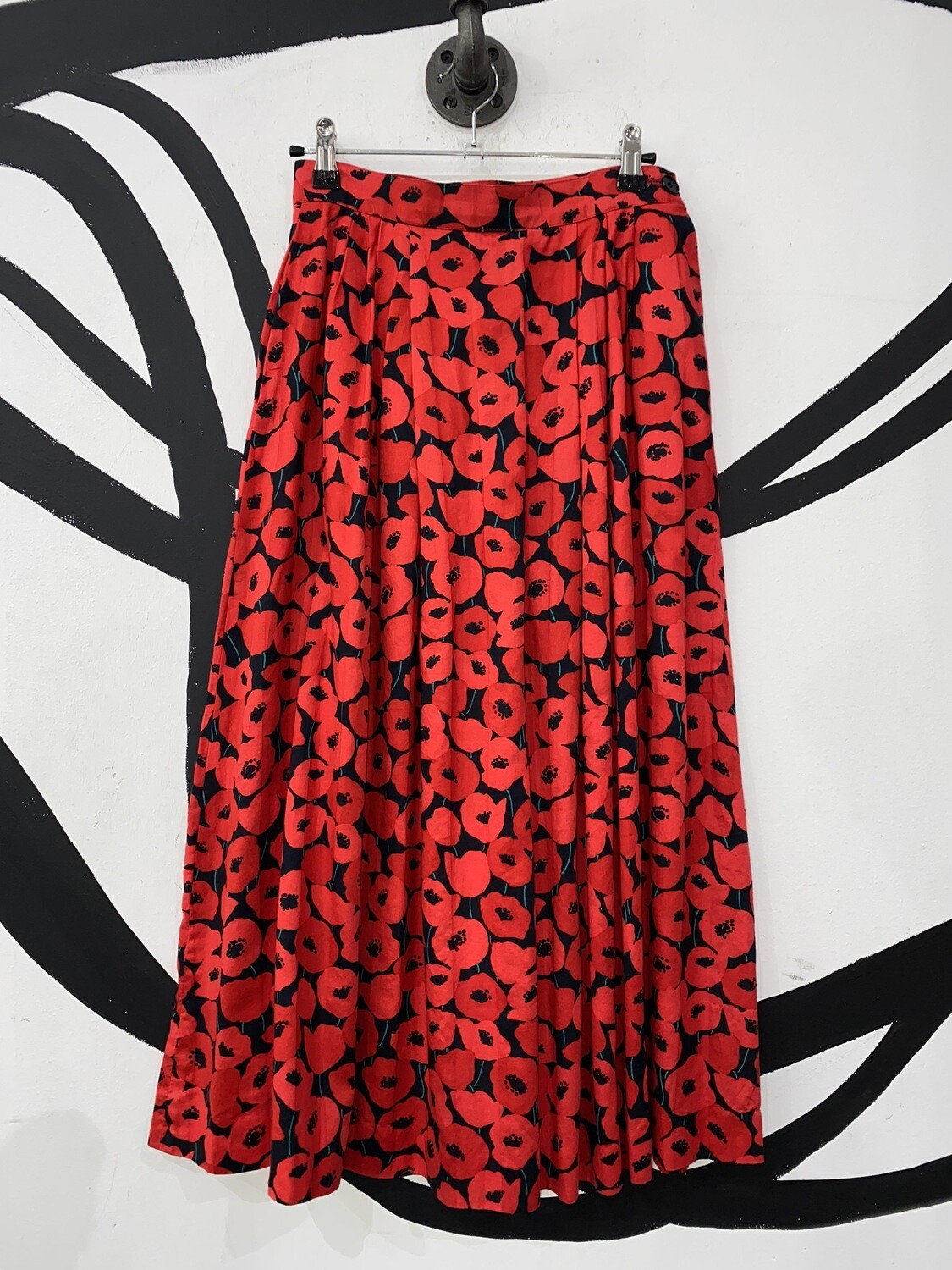 Poppy Printed Pleated Skirt Size M