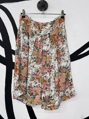 Floral Flowy Shorts Size M