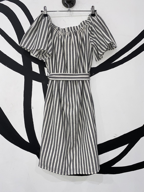 Off-The-Shoulder Dress Size S
