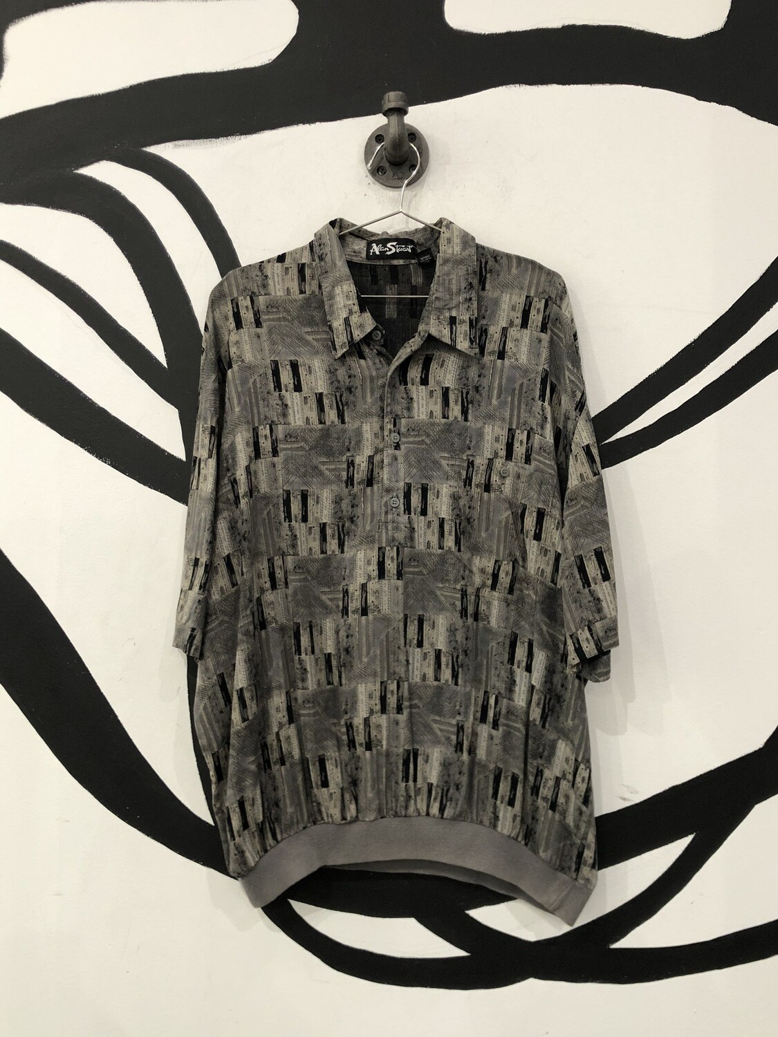 Grey Patterned Button Up Shirt Size L