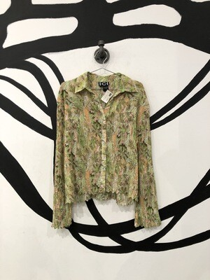 Textured Button Up Top Size M