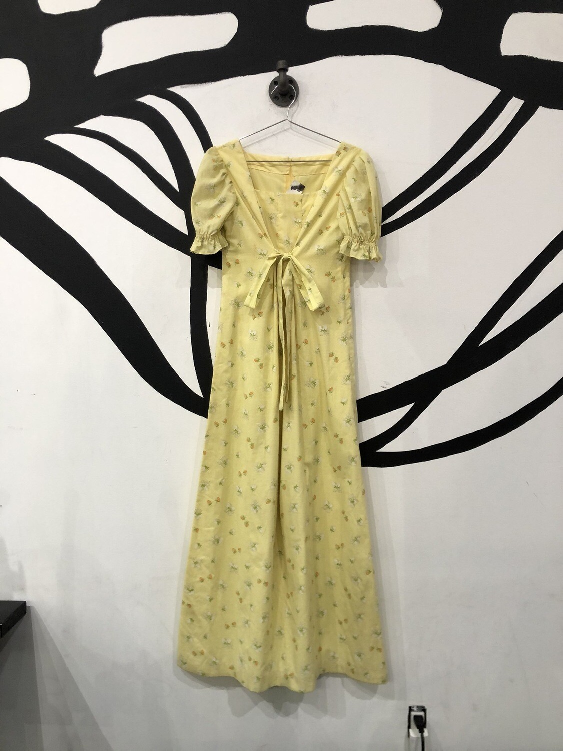 Yellow Strawberry Print Tie Dress Size L