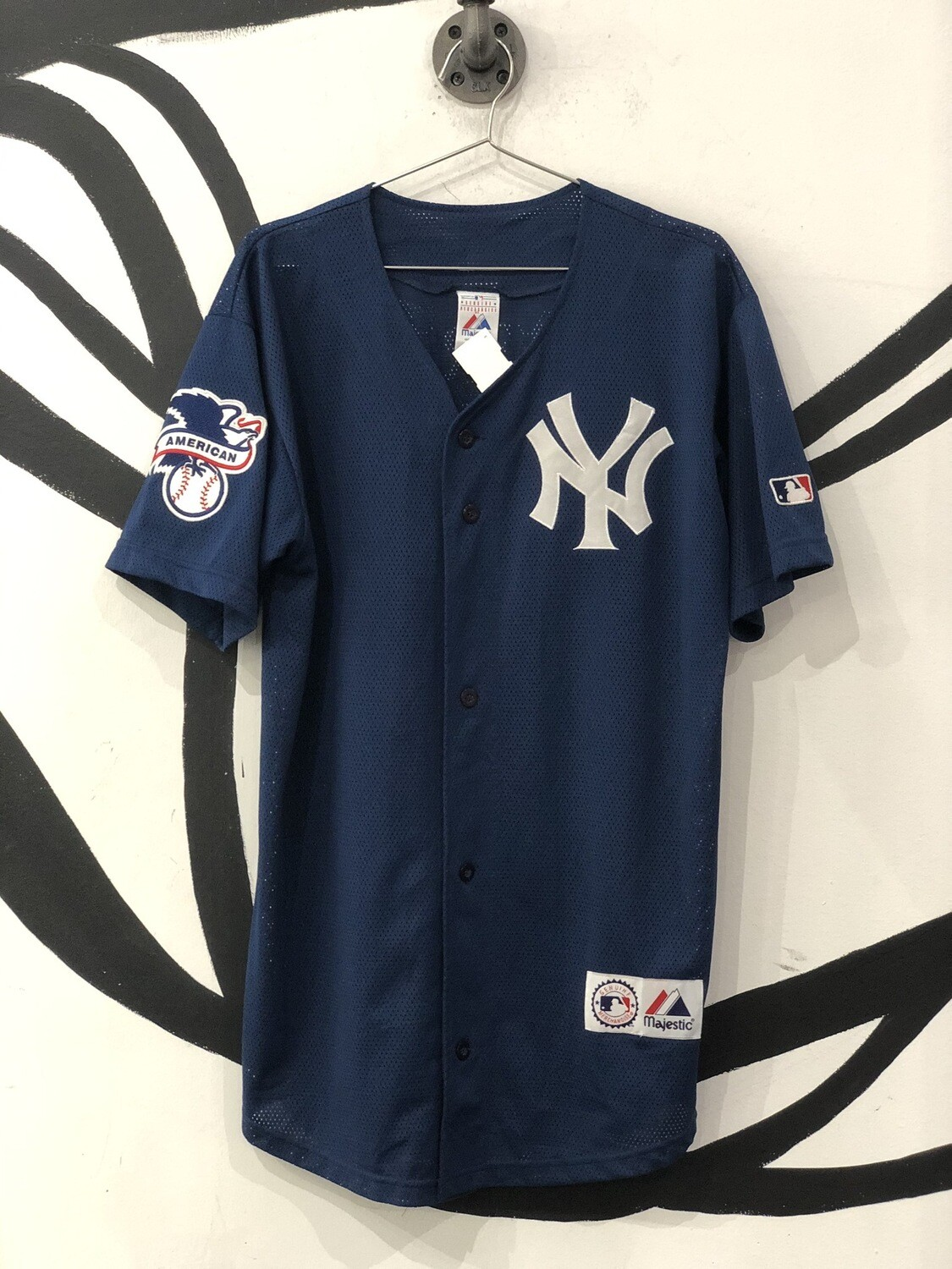 Genuine MLB by Majestic New York Yankees Jersey Size M