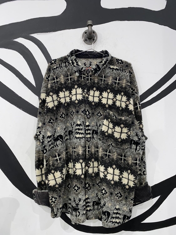 True Grit Winter Motif Sweater Size L