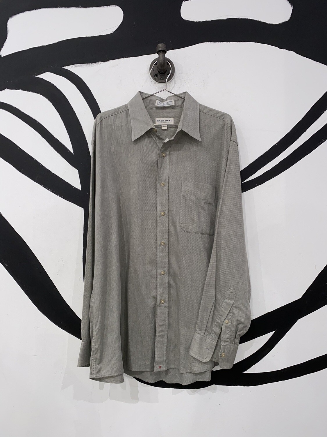 Grey Hathaway Button Up Size M