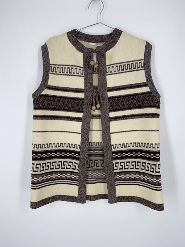 Cream Sweater Vest Size L