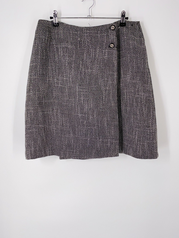 Chain Button Wrap Skirt Size L