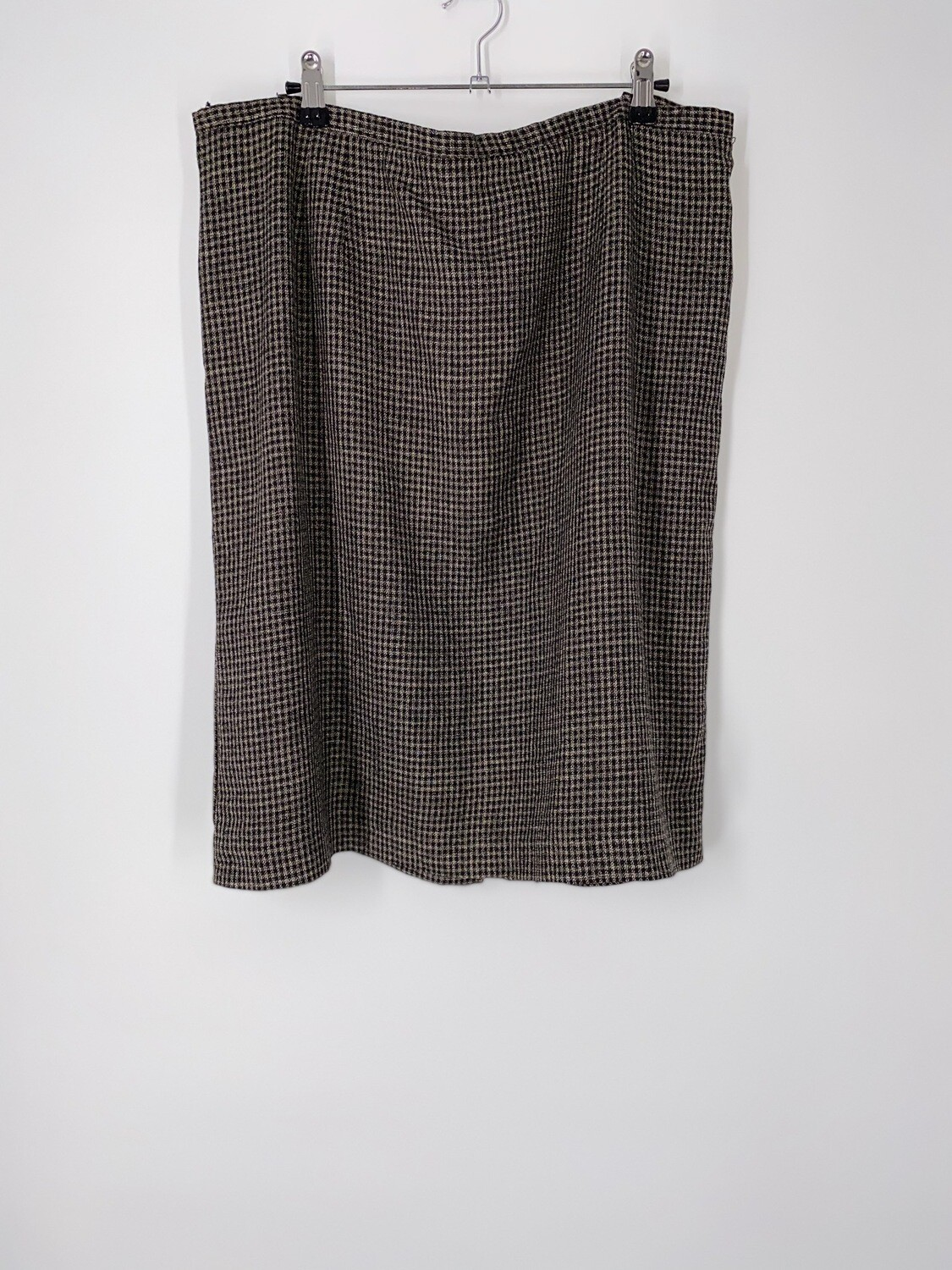 Mini Houndstooth Skirt Size L