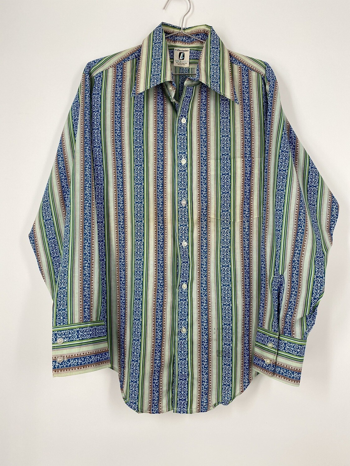 Manhattan Lean And Lively Decorative Striped Button Up Size M