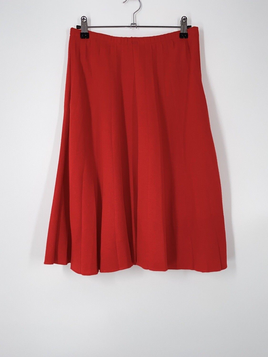 Red Pleated Stretchy Skirt Size M