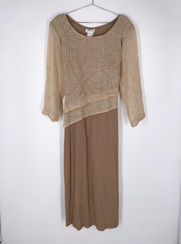 Tiered Tie Back Dress Size L