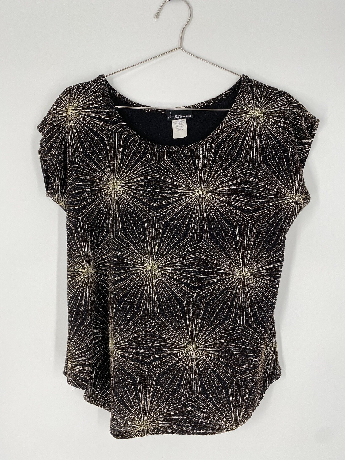 NY Invasion Sparkly Top Size M