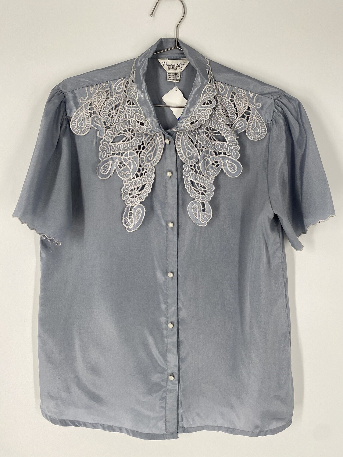 Princesa Gales Button-Up Embroidered Top Size L