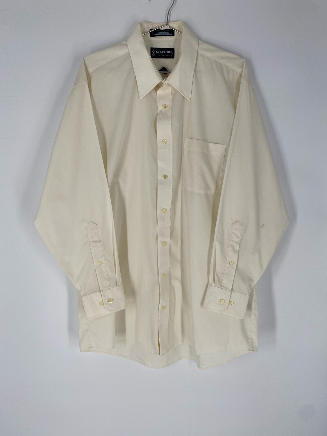 Stafford Essentials Button Up Size Large