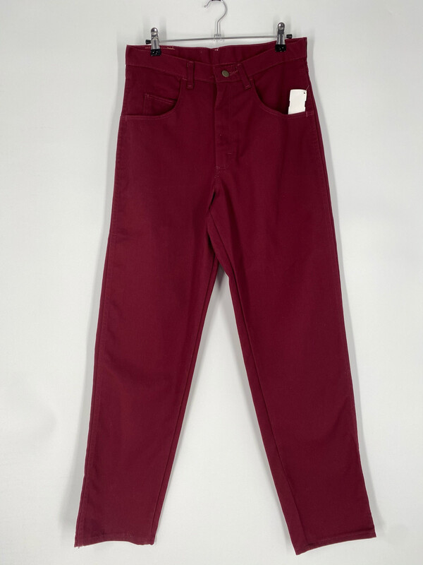 Wrangler Burgundy Relaxed Fit Jean Size 31