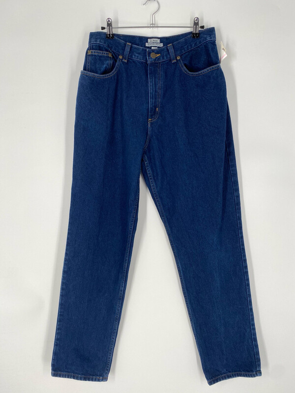 L.L. Bean Original Relaxed Fit Jean Size 29