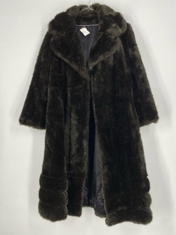 Benmor New York Faux Fur Coat Size M