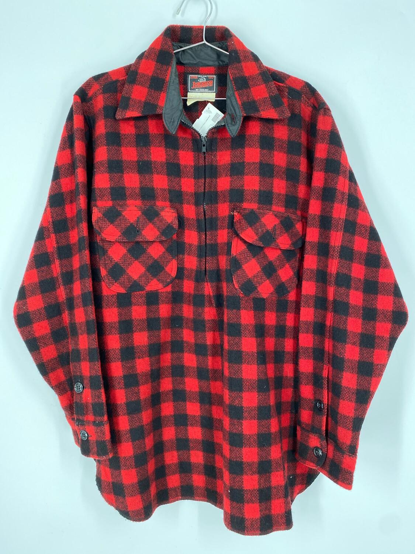 Johnson Woolen Mills Inc. Flannel Size M