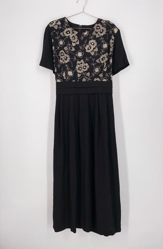 J.B.S. LTD Floral Maxi Dress Size L