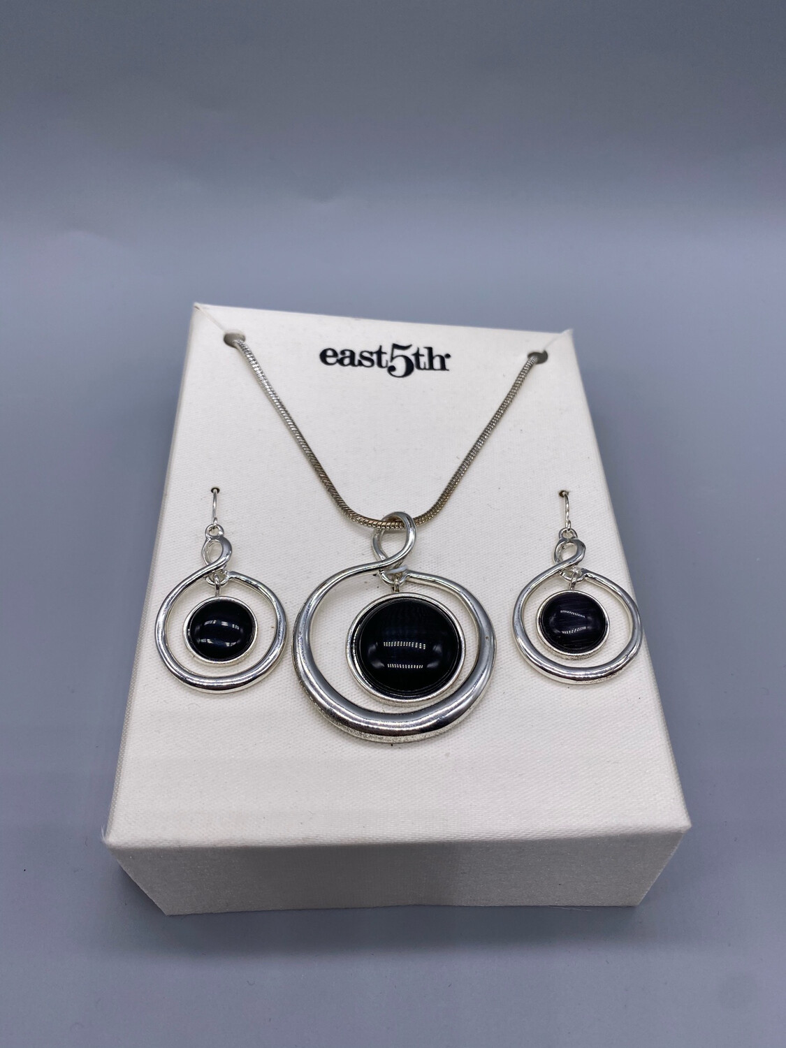 Vintage Silver And Black Earring/Necklace Set