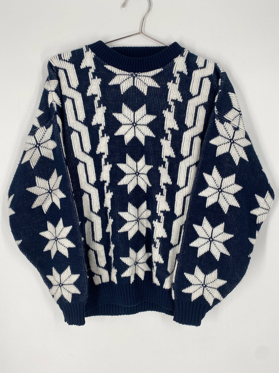 Cabin Creek Vintage Printed Sweater Size L