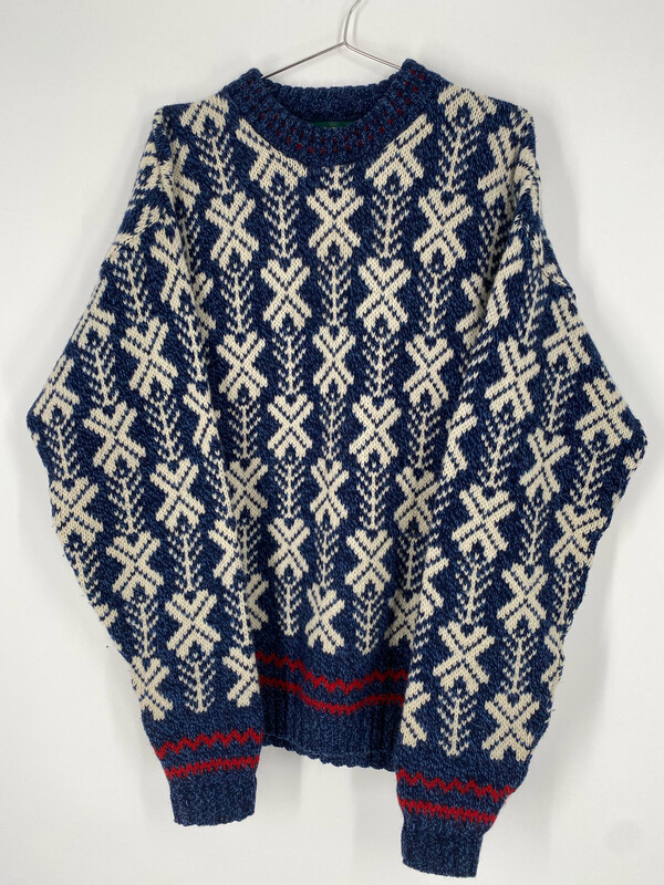American Eagle Vintage Printed Sweater Size  L