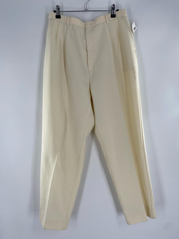 "Levi's ""Bend Over"" Cream Trouser Size 30"