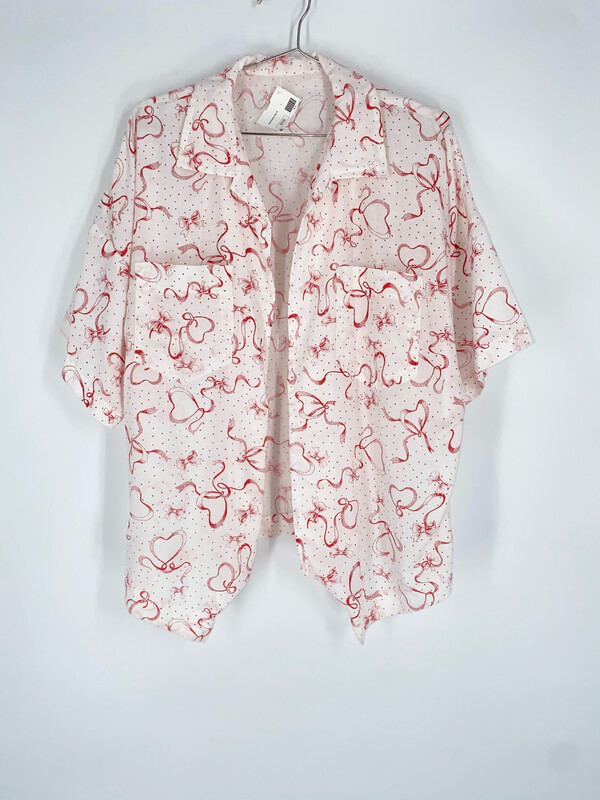 Open Front Patterned Top Size L