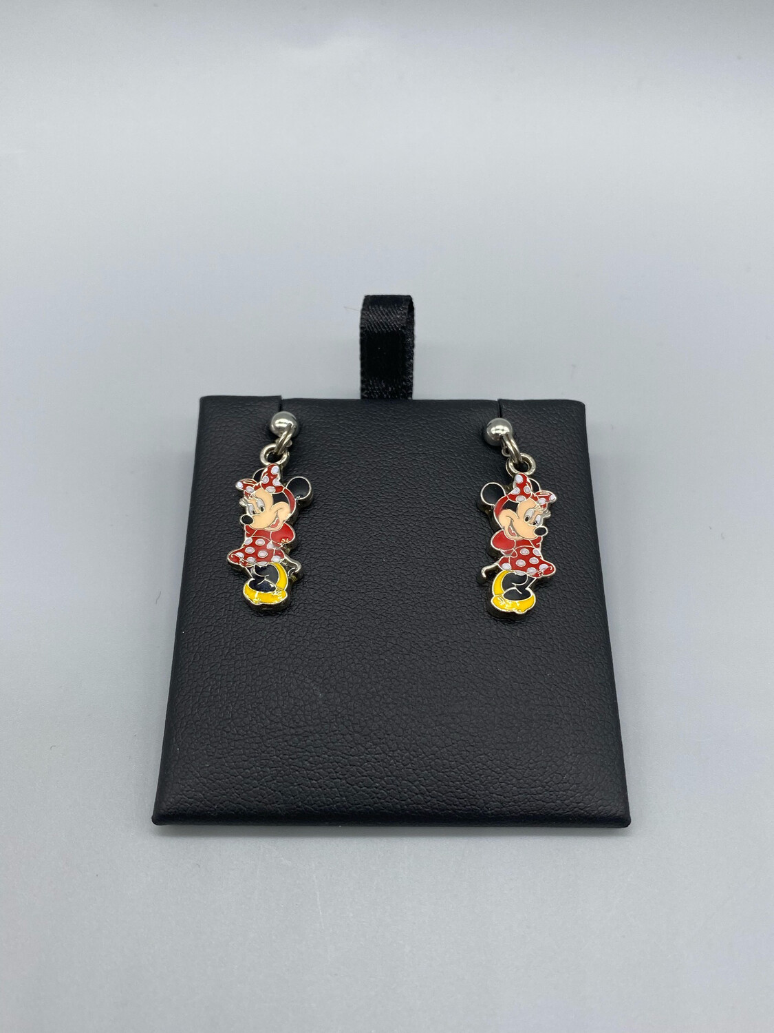 Minnie Mouse Pendant Earrings