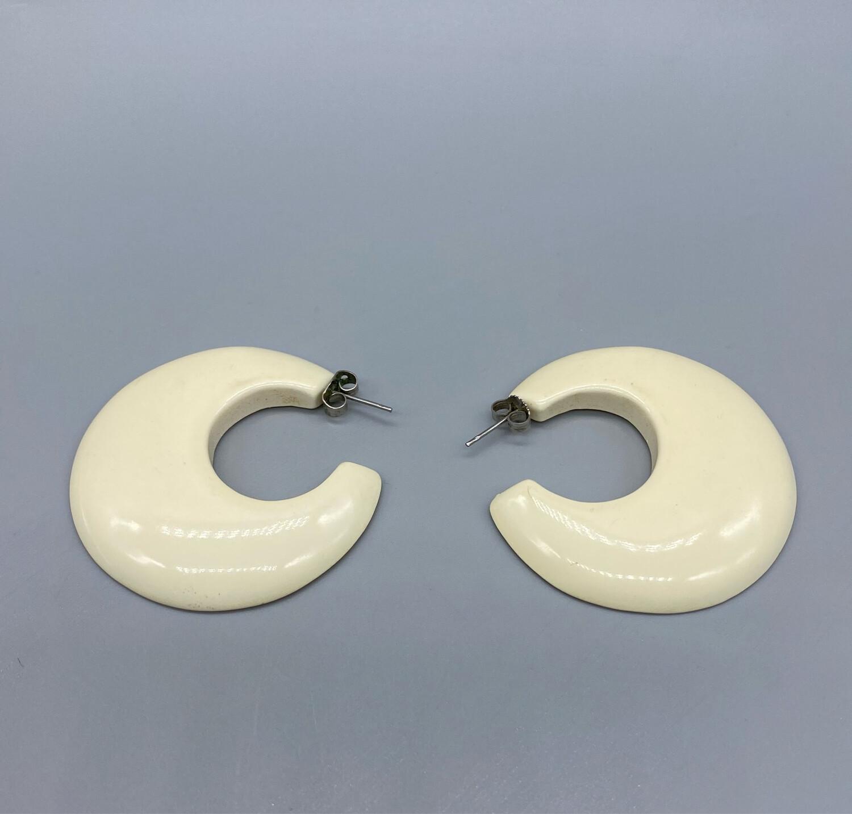 Vintage Beige Hoop Earrings