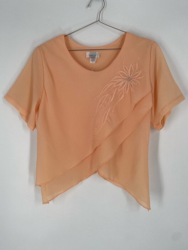 Omega Collection Short Sleeve Top With Embroidered Flower Size XL