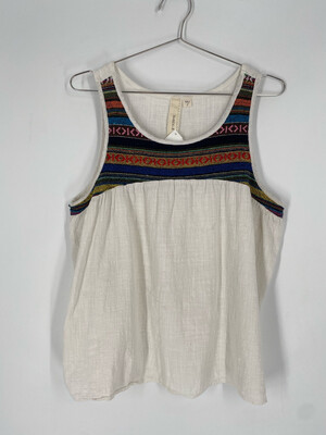 Robin-K Embroidered Tank Top Size L