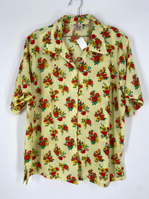 Love Street Floral Button Up Size 18