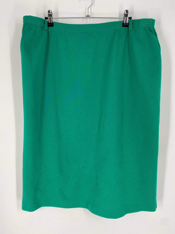 Alfred Dunner Green Elastic Waist Skirt Size 20