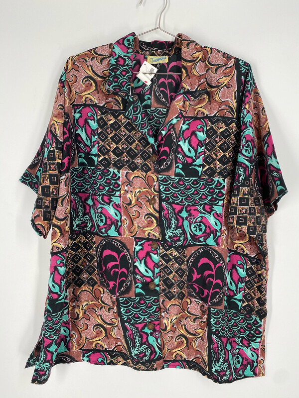 Josephine Abstract Patterned Button Up Top Size 22