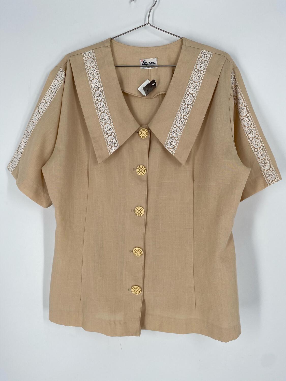 Elizabeth Exclusive Short Sleeve Vintage Button Up Size 18