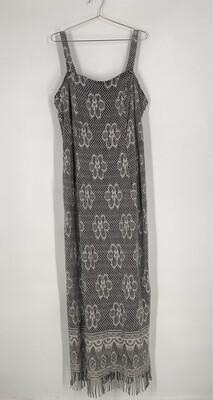 ONYX Nite By Wendye Chaitin Crochet Floral Dress Size 18